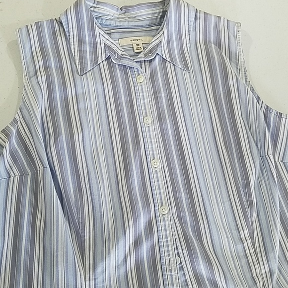 Merona Tops - Woman's light Blue stripe sleeveless button 18W